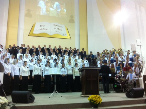 photo 1 500x373 World Congress of Pentecostal Christians